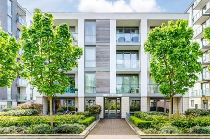 Beautiful Apartment near River Thames and Chiswick