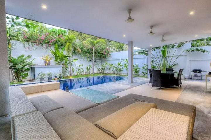 piscine + terrasse