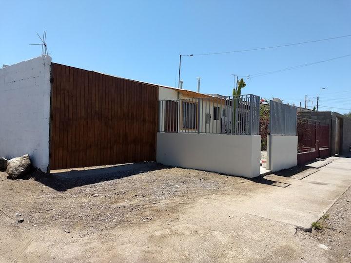 Cómoda casa equipada para 2 personas en Caldera.