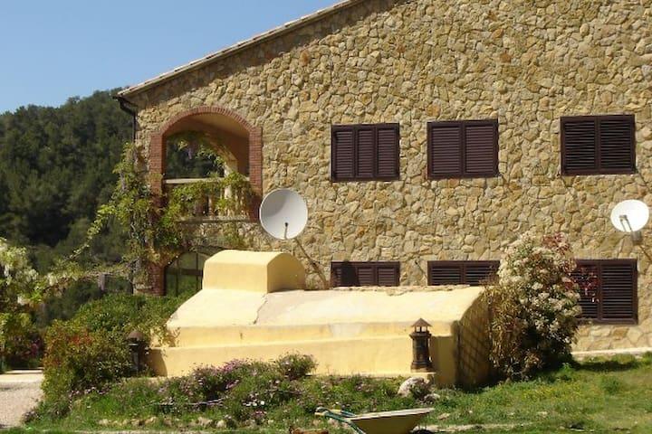 Finca Monte Cardo - Rasquera - Haus