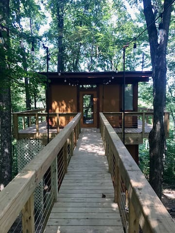 Hocking Hills Treehouse