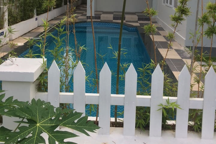 Lovely Villa with swimming pool