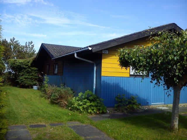 "Fe Haus ""Schnitzer"" an der Ostsee - Hohenfelde - Huis"