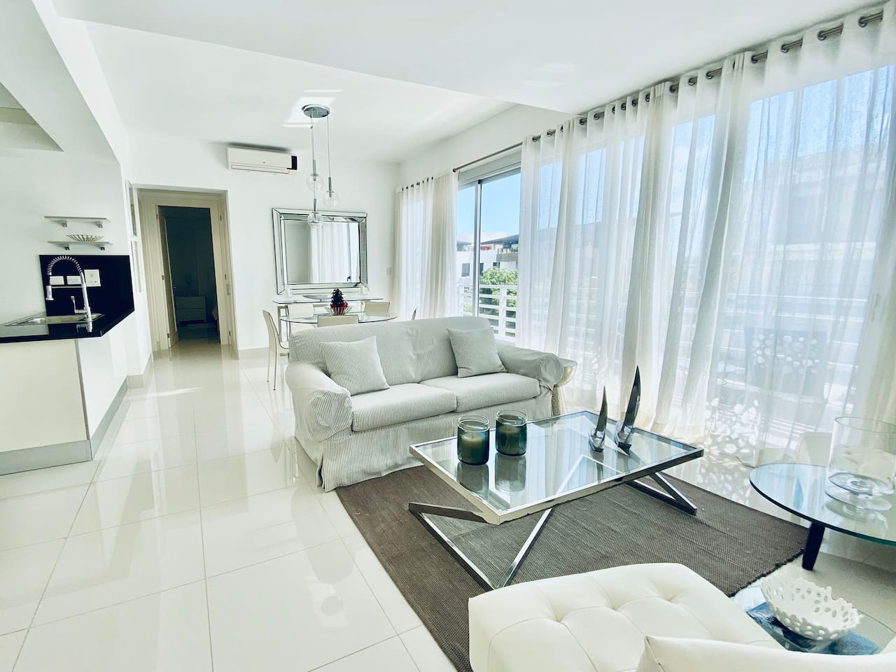 Relaxing and modern living and dining area.