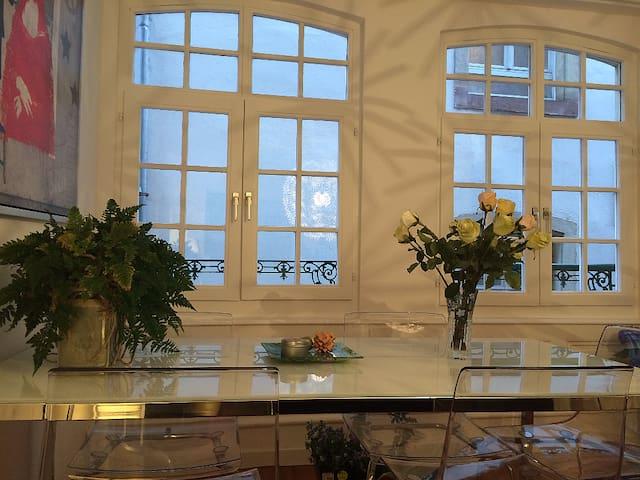 NEW HERE Charming flat - Cathedrale - Страсбург - Квартира