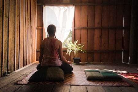 Retreat stay in Zen room with breakfast and Yoga