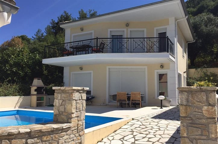 Thassos Golden Beach Luxury Villa for 6 Persons - Thasos