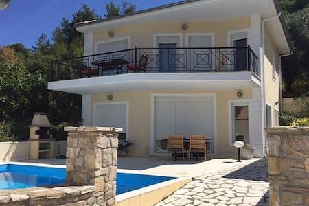 Thassos Golden Beach Luxury Villa for 6 Persons - Thasos - 獨棟