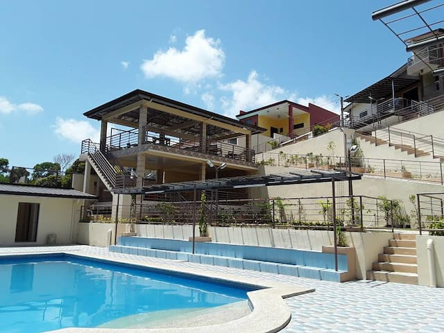 Tagaytay Villas Sofia