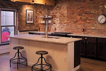 Historic Brewery District Flat - No Cleaning Fee! - Columbus - Apartament