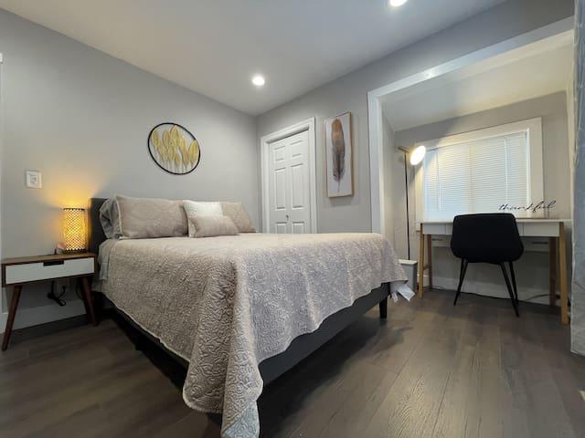 Master Bedroom - Amerisleep AS2 Mattress