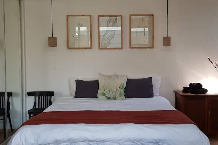 Lilypad_A modern cottage