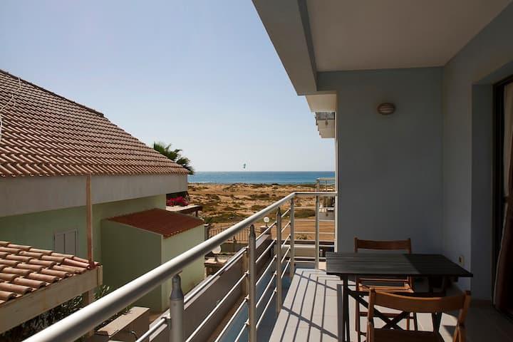 Beachside - Sea view apartment