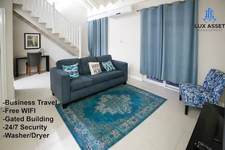★ Long Stay discount ★ Upscale 1bd Loft@ New Kingston