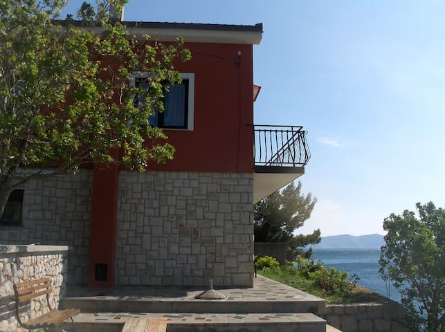 ROOM sea view nr3 + PRIV.BEACH,free to reservate - Vrataruša - 別荘