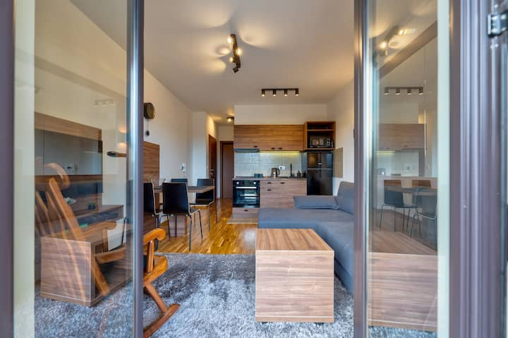 Apartman Kiseonik - divan pogled i mirno mesto