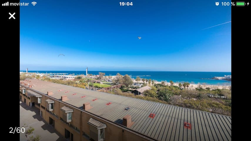 Sea views & Barcelona skyline ensuite room