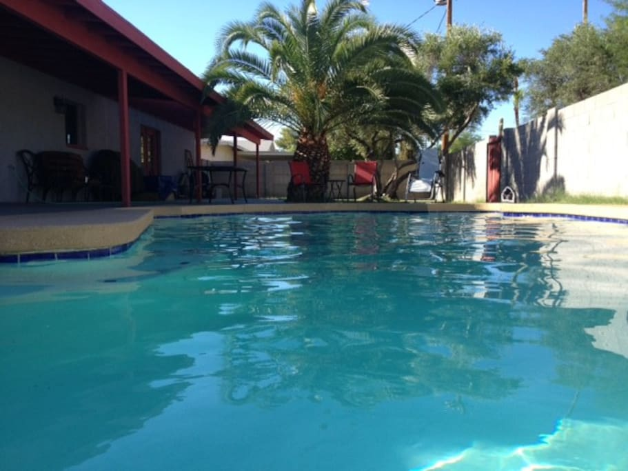 Non-chlorine, non-salt pool