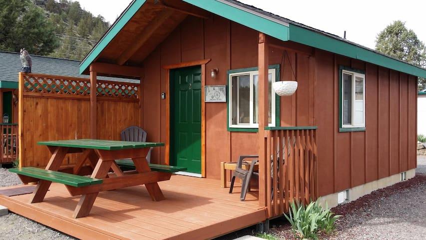 Cabin near Smith Rock & Bend... - Terrebonne
