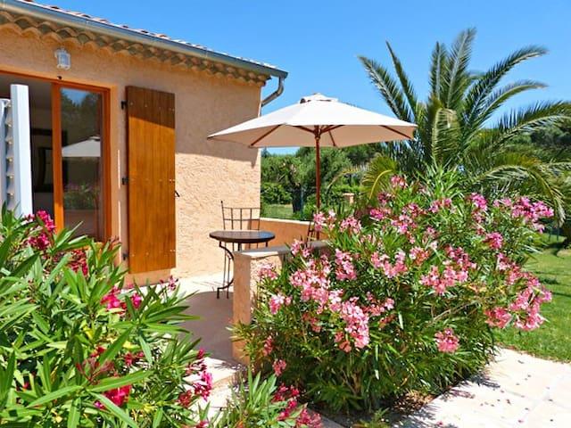 """chambres d""""hôtes villa alizé Grimaud"""