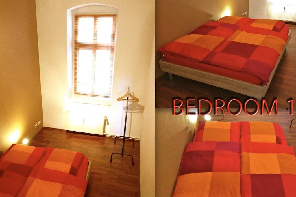 Large and high ceiling bedroom with super confortable mattress...