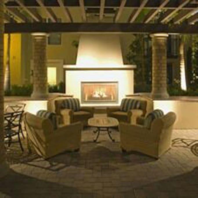 3 bedrooms luxury apt near spectrum apartments for rent