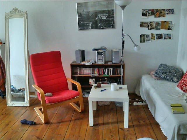 bright, beautiful room in Mitte/ Prenzlauer Berg