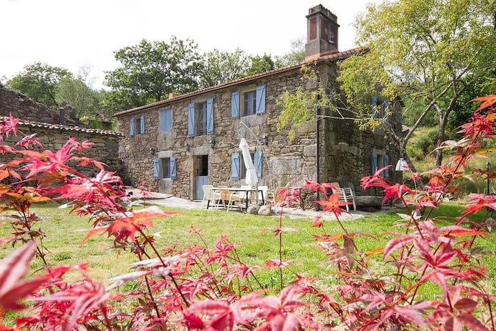 Casa rustica Aldea Loureiro - A Coruña - บ้าน
