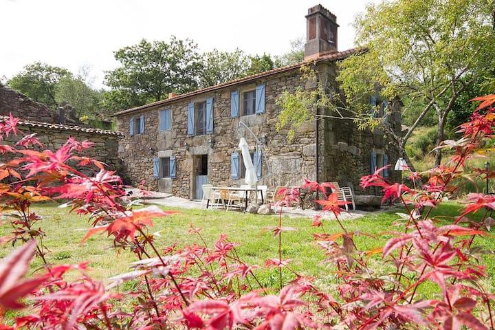 Casa rustica Aldea Loureiro
