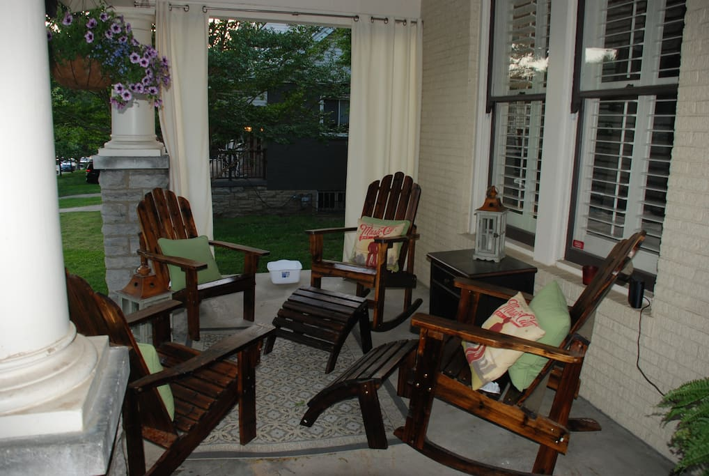 Front patio, the perfect cozy place to relax at the end of your day