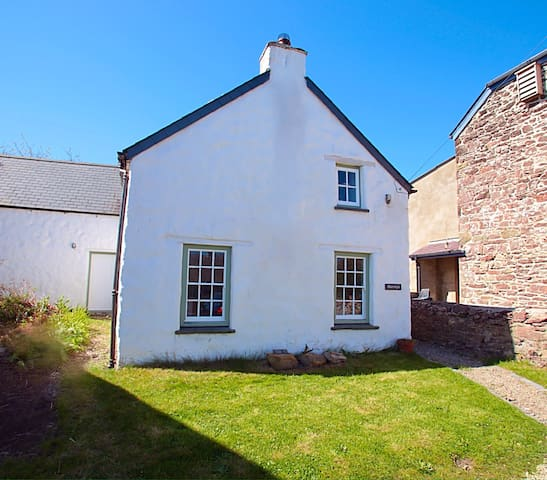 Traditional Welsh Cottage - Haverfordwest - Casa