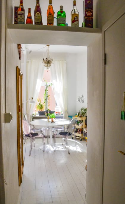 The apartment distribution is quite optimal and pleasant, you will feel like being at home during your stay. The house is very bright specially during summer months.