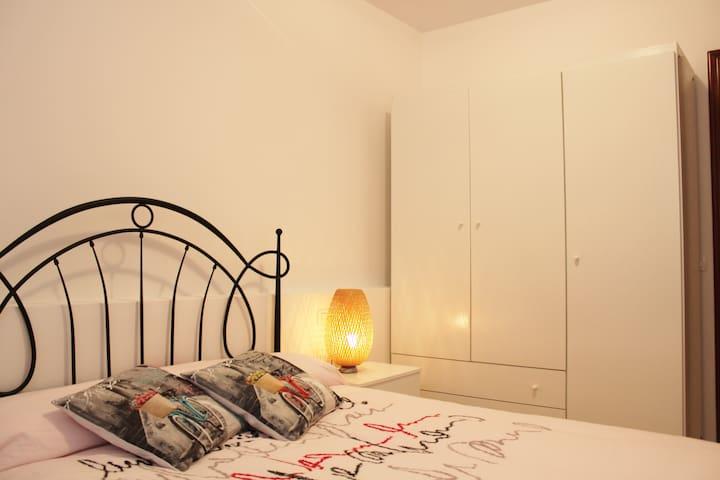 Piso de 2 habitaciones, wifi y degustación de vino - Arafo - Otros