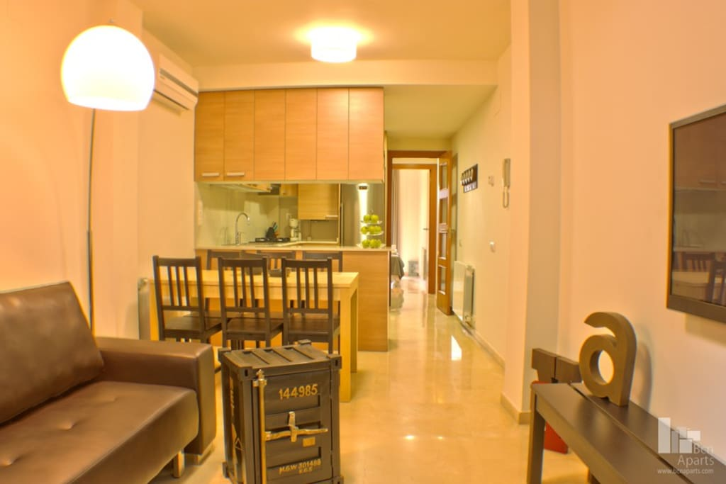 Fira Barcelona Apartment 1/3 for 8p
