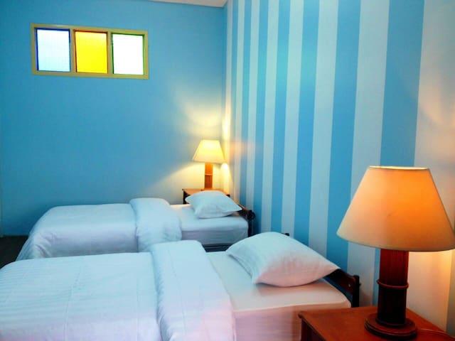 Maikao Boutique Hostel #C (FREE Wi/Fi) - Phuket - House