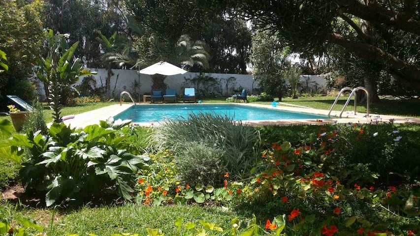Maison avec jardin à côte de la mer - Dar Bouazza - Talo