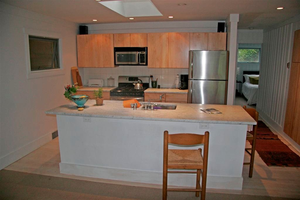 Marble island and new appliances