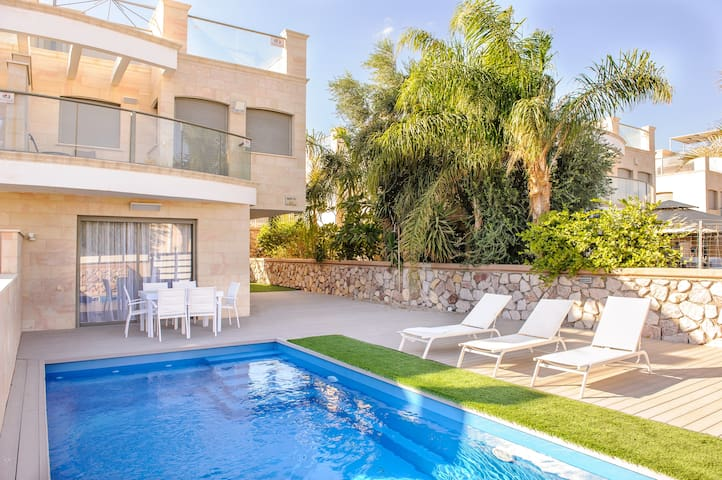 Villa Eilat with  swimming pool