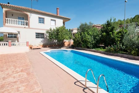 Holiday villa for 9 people with panoramic views - Calafell - House - 1