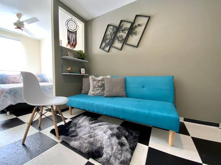 Moderno y acogedor Apartaestudio + Cocina + Sala