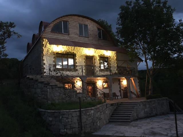 Шале Ахалцихе - Akhaltsikhe - Chalet