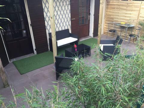 Studio sur terrasse
