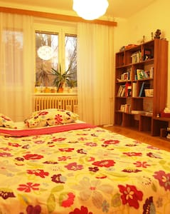 Big bed in the livingroom - Praha 6, Suchdol