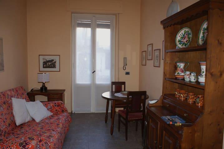 Luminoso bilocale in centro storico - Vigevano - อพาร์ทเมนท์