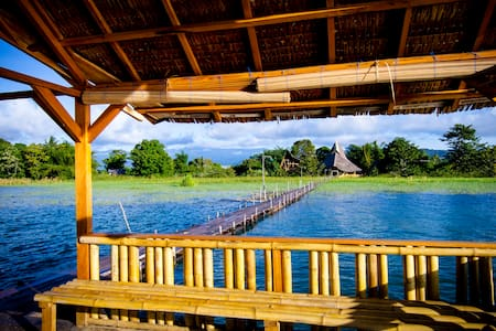 Lake Poso Eco Tourism Bamboo Room