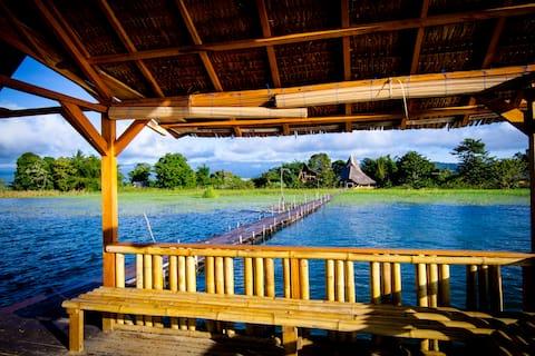 Lake Poso Eco Tourism Bamboo Room