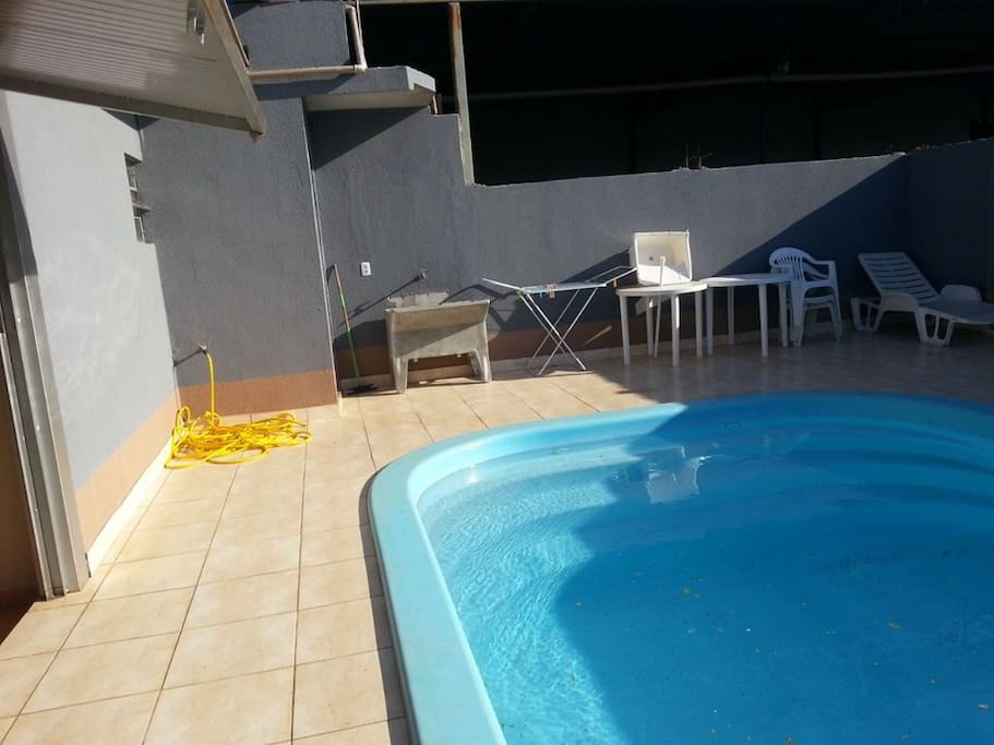 Casa com piscina perto shopping ca houses for rent in for Piscina 8x3