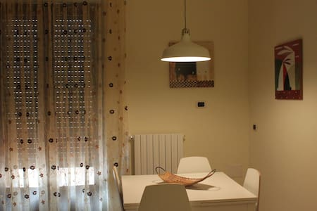 Appartamento accogliente al centro di Genzano di L