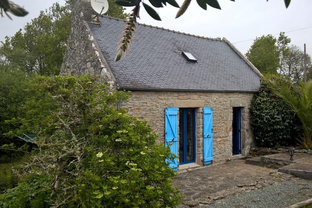 Petite maison de p cheur maisons louer ploz vet bretagne france - Maison pecheur bretagne ...