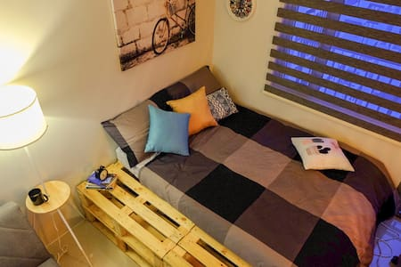BACKPACKERS HUB: Staycation,Movies & Games Hangout